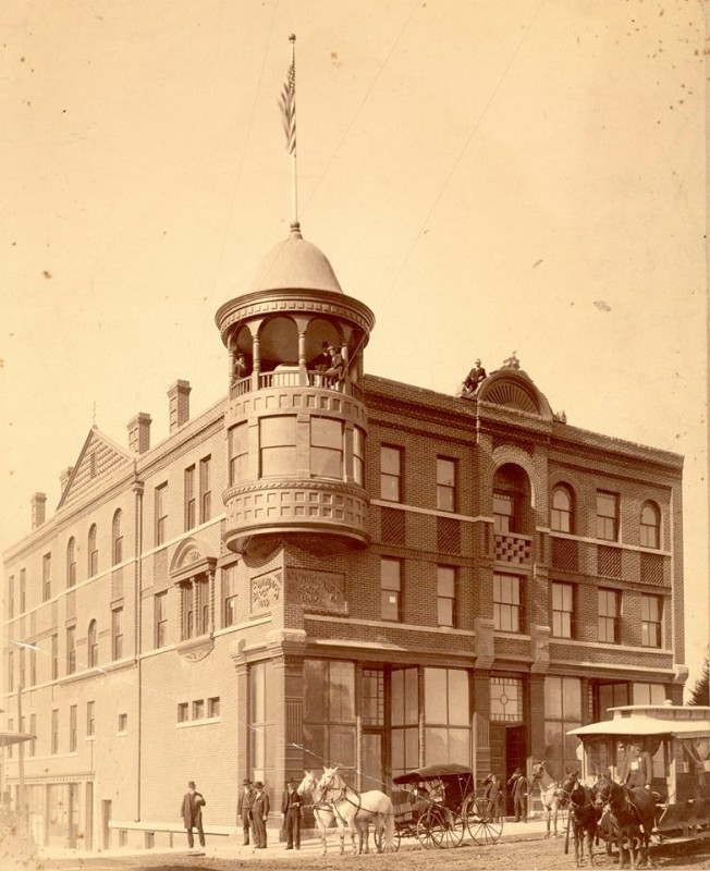 Cummings Block - c 1889 - Courtesy Workman Family Collection
